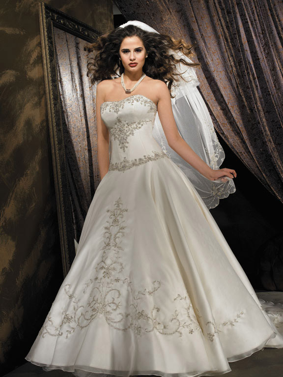 Orifashion HandmadeEmbroidered and Beaded Princess Wedding Dress