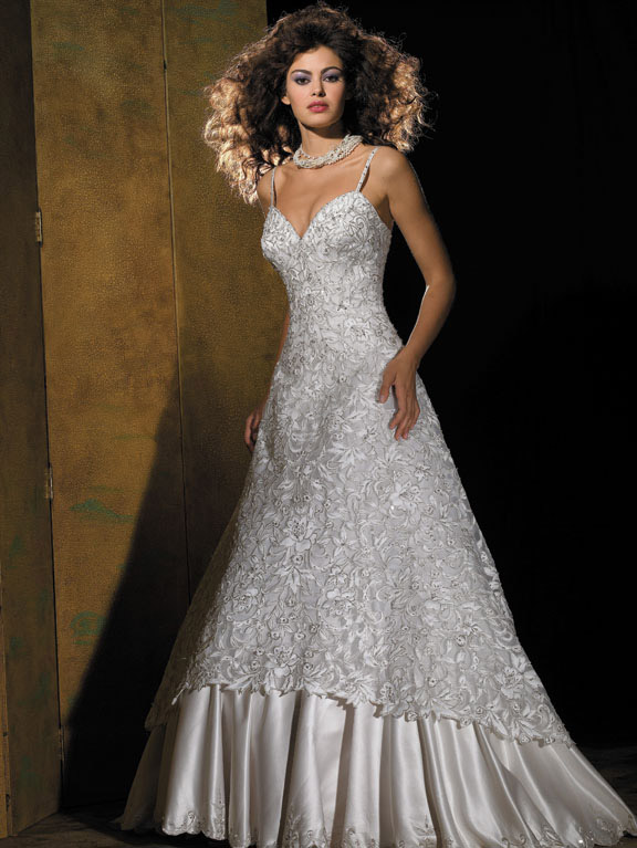 Orifashion HandmadeDramatic Cut-out Lace Wedding Dress AL123