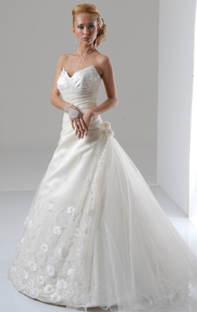 Orifashion HandmadeModest and Sexy Strapless A-Line Bridal Gown_
