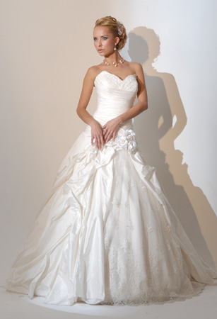 Orifashion HandmadeRomantic and Sexy Bridal Gown / Wedding Dress