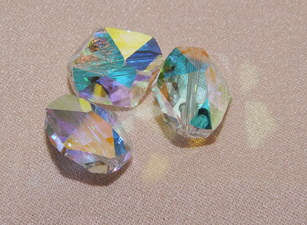 Swarovski Crystal Sample CGS012 (5523 Cosmic Bead Crystal AB )